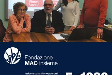 invito per il 5x1000 alla Fondazione MAC insieme, con uno slogan e la foto del presidente e dello staff
